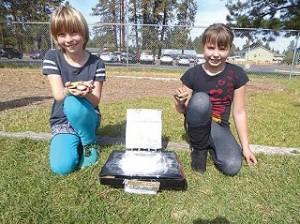 Sisters students created a hands-on science experiment.