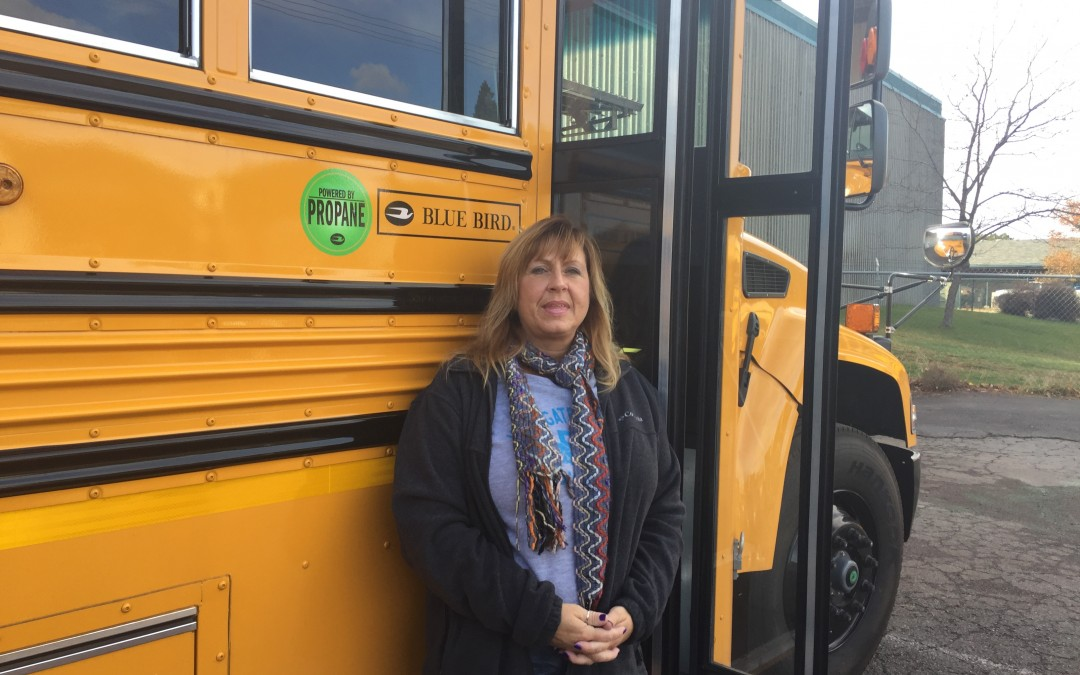Sisters School District Buys Green-Energy Bus